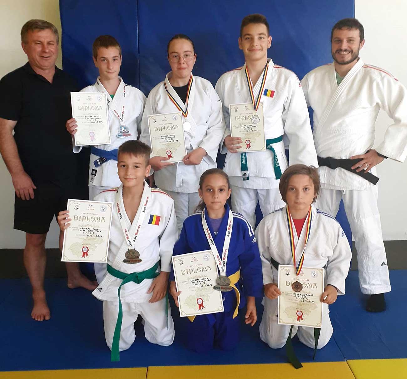 Judo: 6 medalii pentru CSM Baia Mare la turneul internațional Cupa Satu Mare